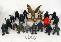 BANDAI Godzilla 50th Anniversary Memorial Box 20 Soft vinyl doll Figures Set