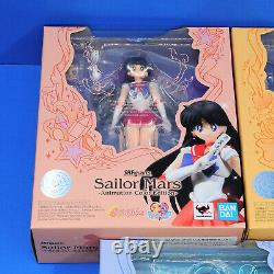 Bandai SH Figuarts Sailor Moon Animation Color Edition Action Figure Set of 5