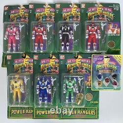 NIP Lot of 7 Vintage 1994 Bandai Power Rangers 5 Action Figures + 1993 Ring Set