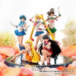 Sailor Moon HGIF Premium Collection Figure Set with Pedestal Renewal Bandai New